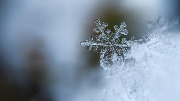 Talvinen lumihiutale